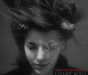 """HANNE KAH """"Hand full of Secrets"""" im Handel"""